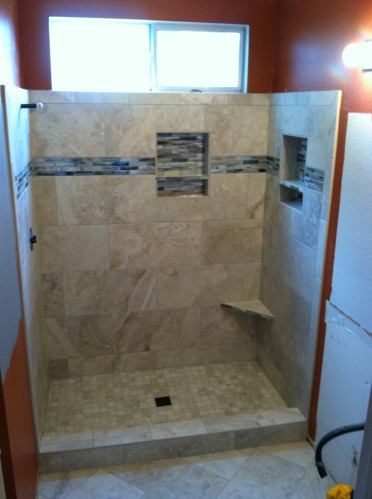 Porcelain Shower with Glass Tile Feature Band
